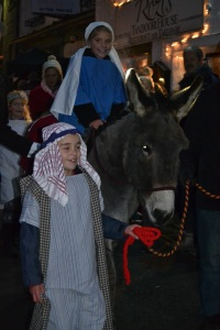 The arrival of Joseph and Mary on their donkey