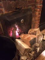 Open fire at the Queen's Head