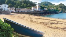 Combe Martin beach on a sunny day (photo by www.visitcombemartin.com)