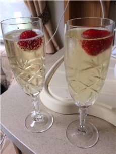 Fizz n strawberries