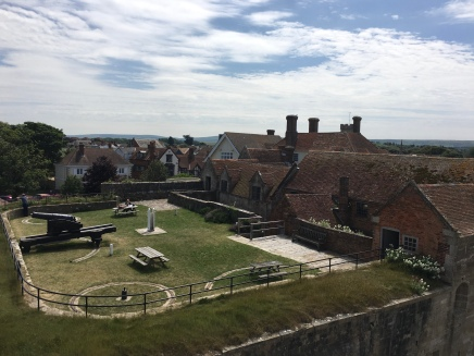 Gardens of the 17th Century George Pub, Yarmouth Harbour